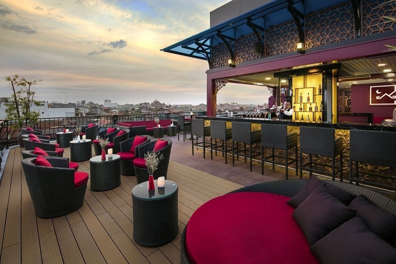 6 stunning rooftop bars in hanoi vietnam my personal for Design boutique hotel hanoi
